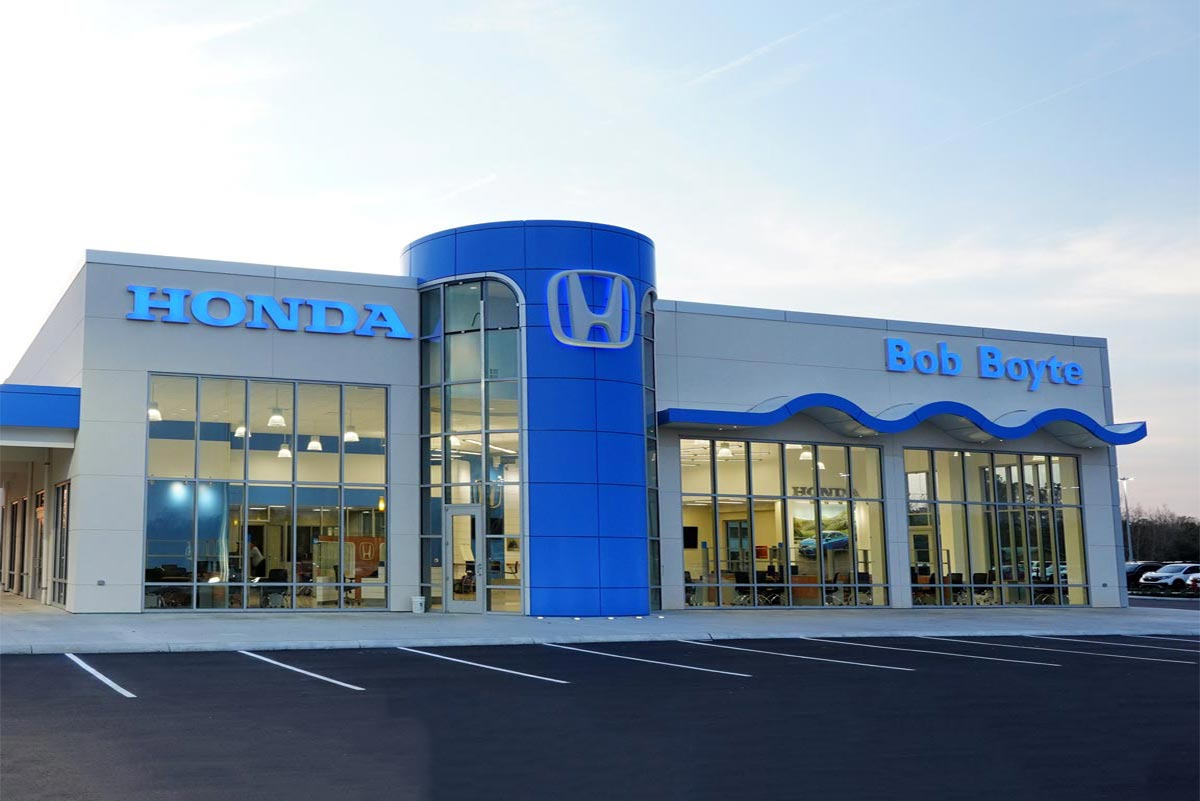 This new Honda auto dealership consists of mulitple buildings and is over 26,000 square feet.